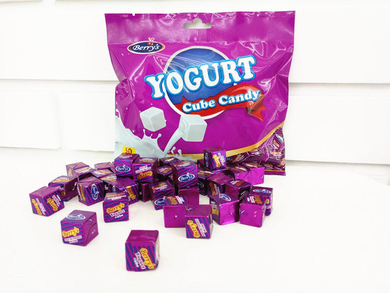 50pcs Cube Shaped Candy / yogurt flavored milk candy 2.75g * 50 * 25bags supplier